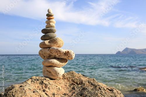 Foto op Aluminium Stenen in het Zand piedras zen playa almería U84A0317-f17