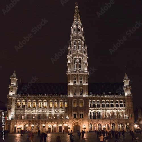 Foto op Plexiglas Brussel Brussels Town Hall at Night