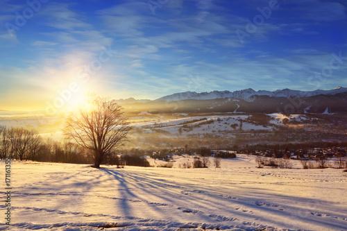 Fotobehang Beige beautiful panoramic view of mountains during sunrise