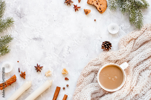Papiers peints Cafe Christmas evening with cup of cocoa white background top view