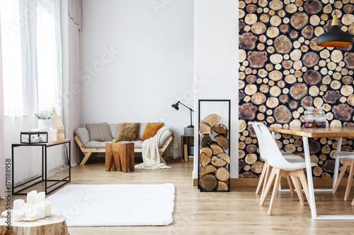 Zobacz obraz Apartment with wooden log wallpaper