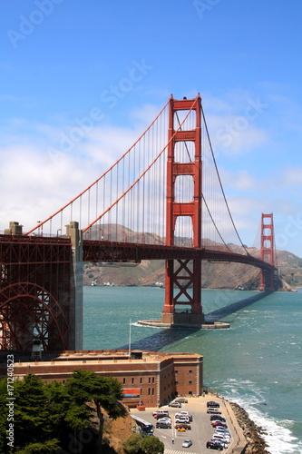 Fotobehang San Francisco Le Golden Gate dans toute sa splendeur