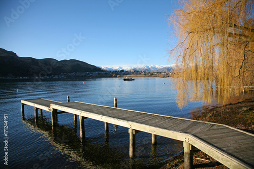 Fotobehang Pier Lakeside jetty on the Frankton Arm of Lake Wakatipu, Queenstown, New Zealand