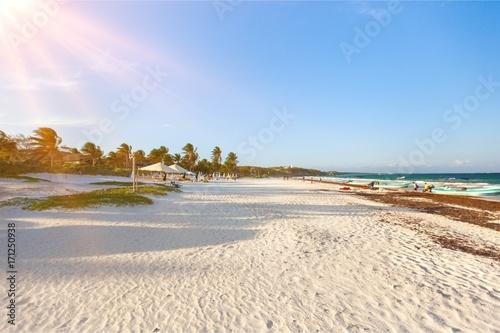 Foto op Plexiglas Beige Beach landscape.