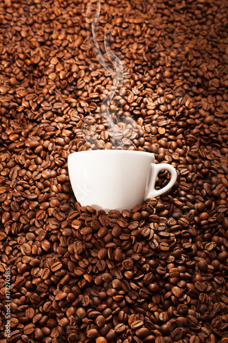 Poster Cup of coffee with toasted beans, still life