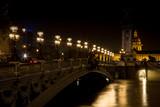 Paris la nuit lors des innondations de 2016