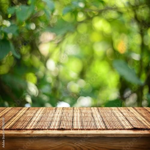 Keuken foto achterwand Bossen Empty table