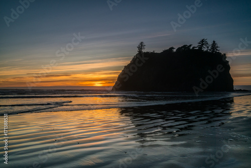 Fotobehang Zee zonsondergang Ruby Beach Sunset