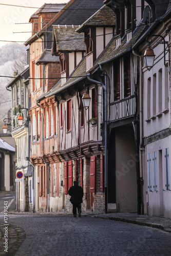 Foto op Canvas Smal steegje Street scene of houses of the old city centre in Honfleur, Normandy, France