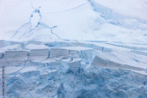 Papiers peints Antarctique Mountains and glacier, Antarctic Peninsula landscape, Antarctica
