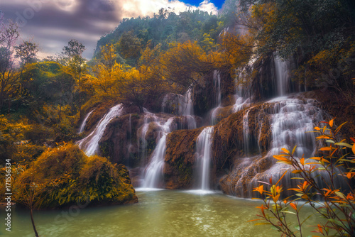 Fotobehang Thailand beautiful autumn waterfall in Thailand.