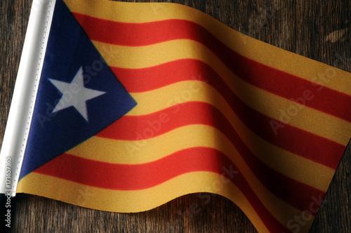 Papiers peints Barcelona Catalunya Catalonha Cataluña Catalogna Catalonia Katalánsko Katalonien Flag Catalogne Bandiera Katalonija Catalonië Katalonia Catalunha Bandera Catalonien