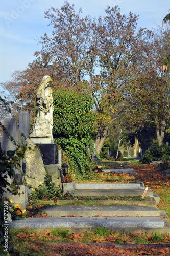 Austria_Cemetery
