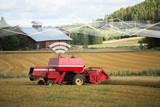 Self driving combine harvester. Internet of things in agriculture - 171778520