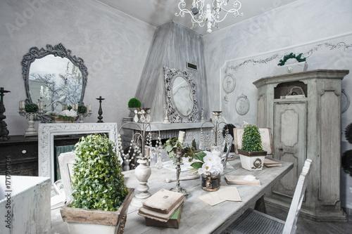 Sala Da Pranzo Shabby : Sala da pranzo shabby style buy photos ap images detailview