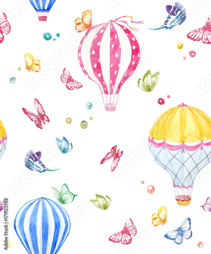 Watercolor air baloon pattern - 171923582