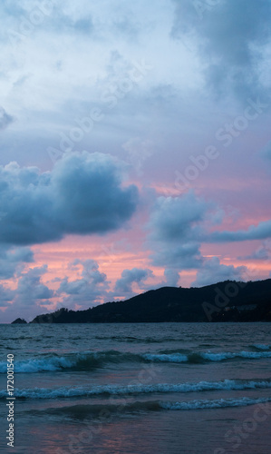 Fotobehang Purper Beautiful summery colorful sunset sky over the sea