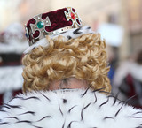 king with crown on his head - 172052929