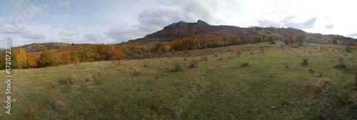 Foto op Plexiglas Panoramafoto s Autumn mountain landscape