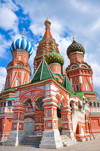 Aluminium Moskou St. Basil's Cathedral - an Orthodox church on Red Square in Moscow, the oldest architectural monument. Multicolored colorful domes, a cathedral made of red bricks.