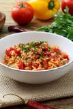 risotto con pomodoro e peperoni cibo vegetariano - 172167720