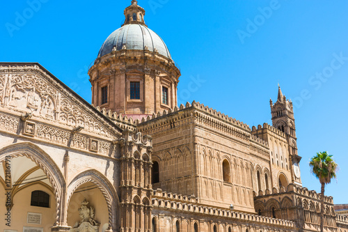 Tuinposter Palermo Palermo cathedral, is a place of Catholic worship.