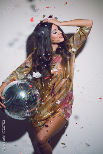 Party woman  - 172207122