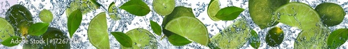 Limes in the water - 172673317