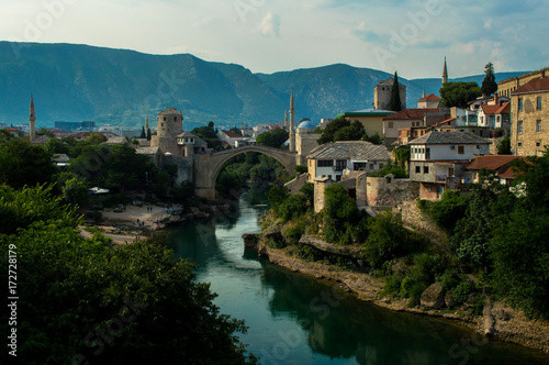 Poster Stunning view of the beautiful Old Bridge in Mostar, Bosnia and Herzegovina