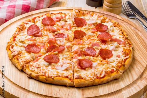 Papiers peints Pizzeria Pepperoni pizza