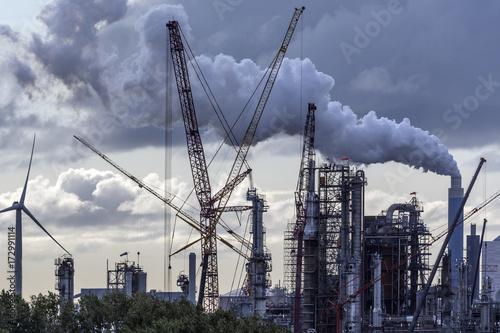 Fotobehang Rotterdam Industrial Pollution