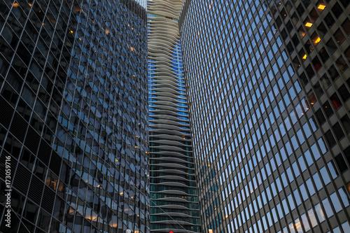 Fotobehang Chicago Reflected Building