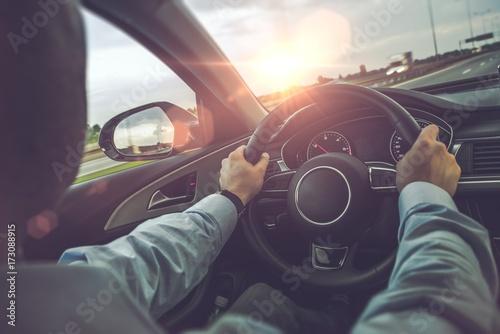 Autostrada jazdy samochodem