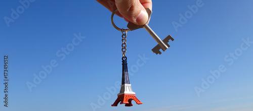 bannière clef porte clefs tour eiffel - 173496512