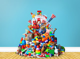 Huge pile of different and colored toys - 173531315