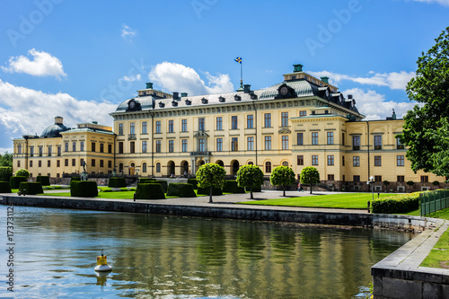 Keuken foto achterwand Stockholm External view of Drottningholm Palace in Stockholm, Sweden. Drottningholm Palace is a UNESCO World Heritage site. It is the most well-preserved royal castle built in the 1600s in Sweden.