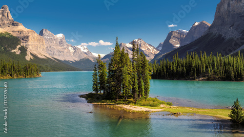 Aluminium Canada Beautiful Canadian landscape - Spirit Island in Maligne Lake, Jasper National park, Alberta, Canada.