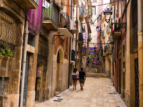 Tuinposter Smal steegje Tarragona back alley