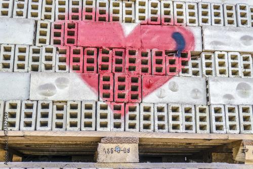 Fotobehang Graffiti Gespraytes rotes Herz