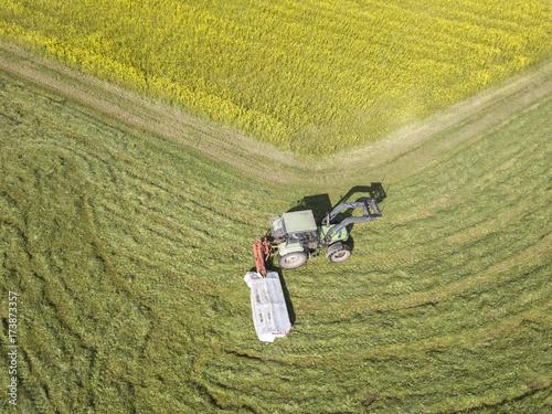 Fotobehang Trekker Tractor in the farmland
