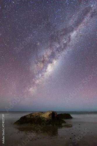 Aluminium Lavendel Milchstraße über dem Meer