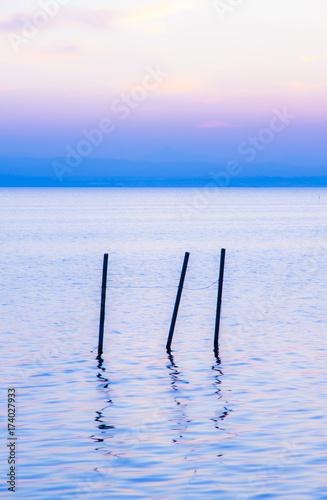 In de dag Blauwe hemel paisaje zen y relajante