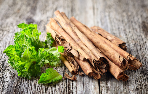 Cinnamon with mint
