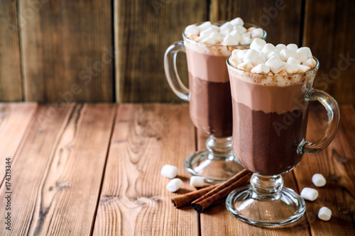 Canvas Chocolade Hot chocolate with marshmallow in glass cups on wooden background