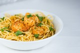 Spaghetti with chicken meat and cream sauce - 174340936