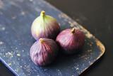 Whole fresh ripe figs - 174341763