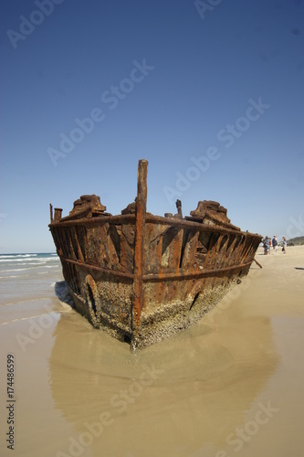 In de dag Schipbreuk shipwreck