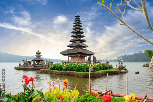 Fotobehang Bali Pura Ulun Danu Bratan, a Hindu temple surrounded by flowers on Bratan lake, one of famous tourist attraction in Bali, Indonesia