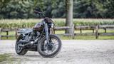 Motorrad vor Maisfeld - 174555304