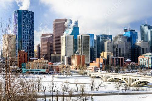 Aluminium Canada View of Calgary Skyline on a Freezing Winter Morning